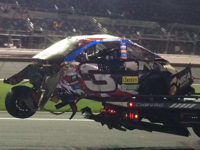 Earnhardt Jr Wins Austin Dillon Crashes Hard At Dayt